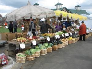 Farmers & Artisans Market, Farmington Michigan US picture: Scott Stevenson/ARTZIEPHARTZIE graphic design